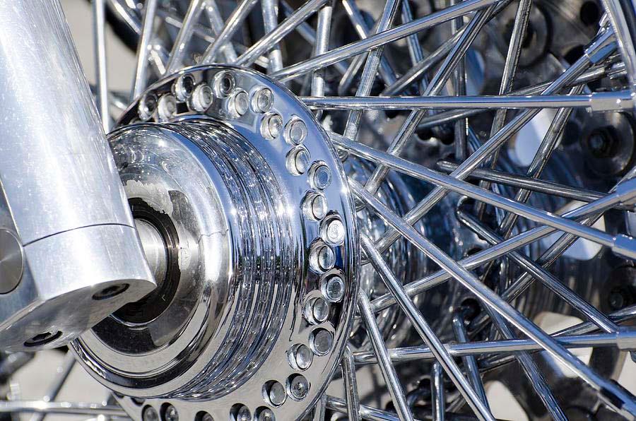 Vini 12_11 - Dicas para escolher acessórios e peças de motos