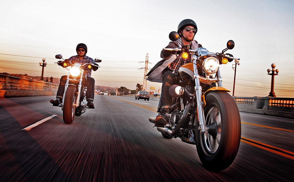 Estradas para fazer viagens de moto inesquecíveis