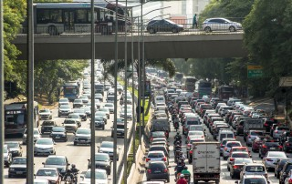 São Paulo, Brazil, November 12, 2015. Traffic jam at rush hour in May 23 Avenue of downtown Sao Paulo. This avenue connects the northern and southern areas of the city.