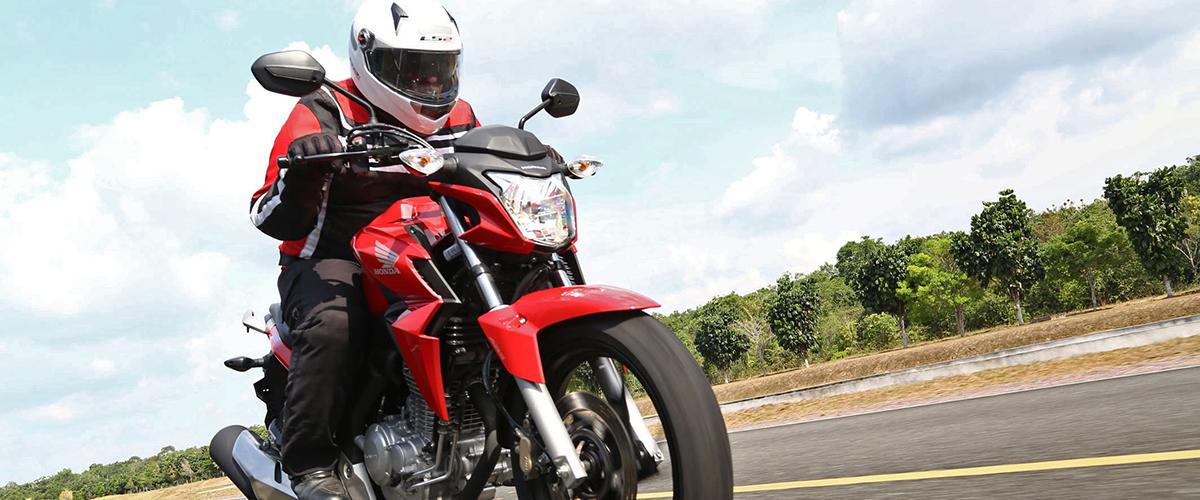 Dicas-segurança-motociclistas-Detran.SP